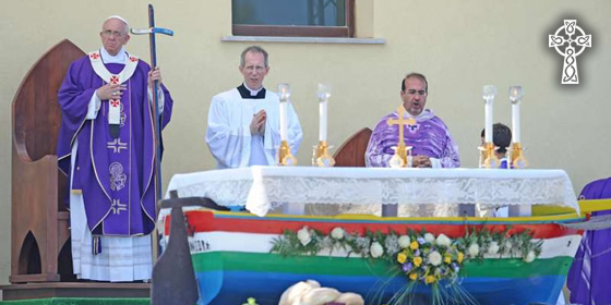 Pope Francis celebrating Mass in Lampedusa last April 2013